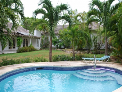 Mille Fleurs is a well-appointed villa on the West Coast which can meet clients' needs